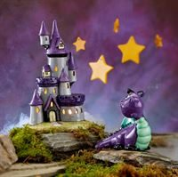Light Up castle and dragon purple
