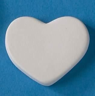 """BISQUIES SMALL HEART 1.75""""w x 1.5""""h"""