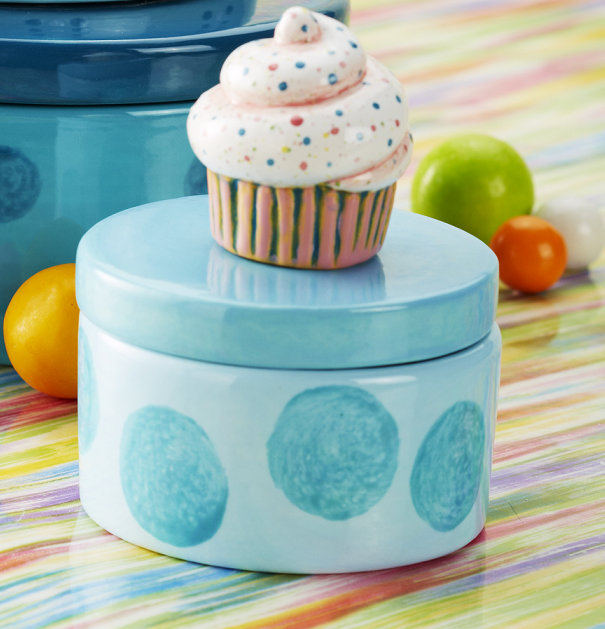 Round Box with Cupcake Tiny Topper