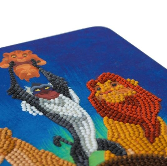 CANJ-DNY600 Lion King Pride Rock Disney Crystal Art Notebook Kit (closeup)